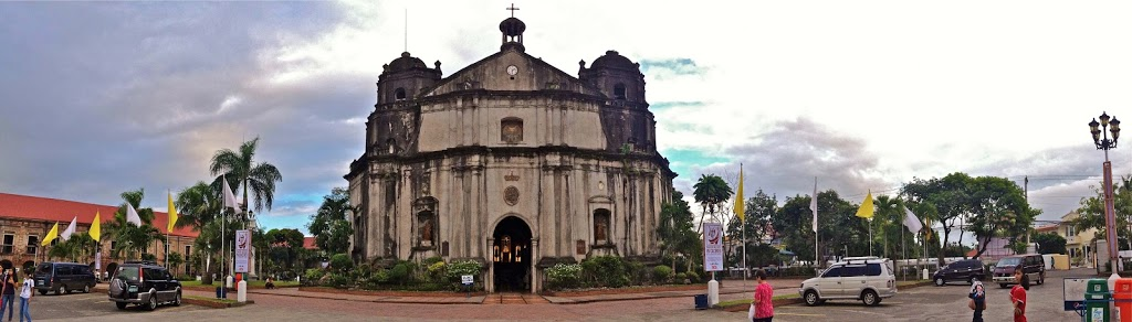 The Heritage Churches of CamSur - Travel Trilogy