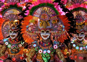 Masskara Festival : Invasions of Smiles