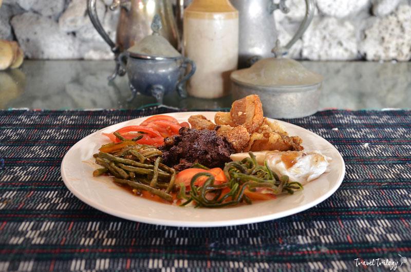 Ilocano Cuisine | The Crispy, Hearty & Naughty - Travel Trilogy