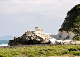 Kapurpurawan Rock Formations | Rocking Ilocos Norte
