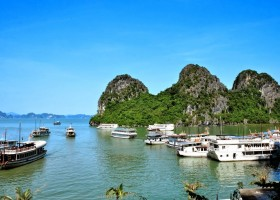 Halong Bay | Sailing on the Gulf of Tonkin