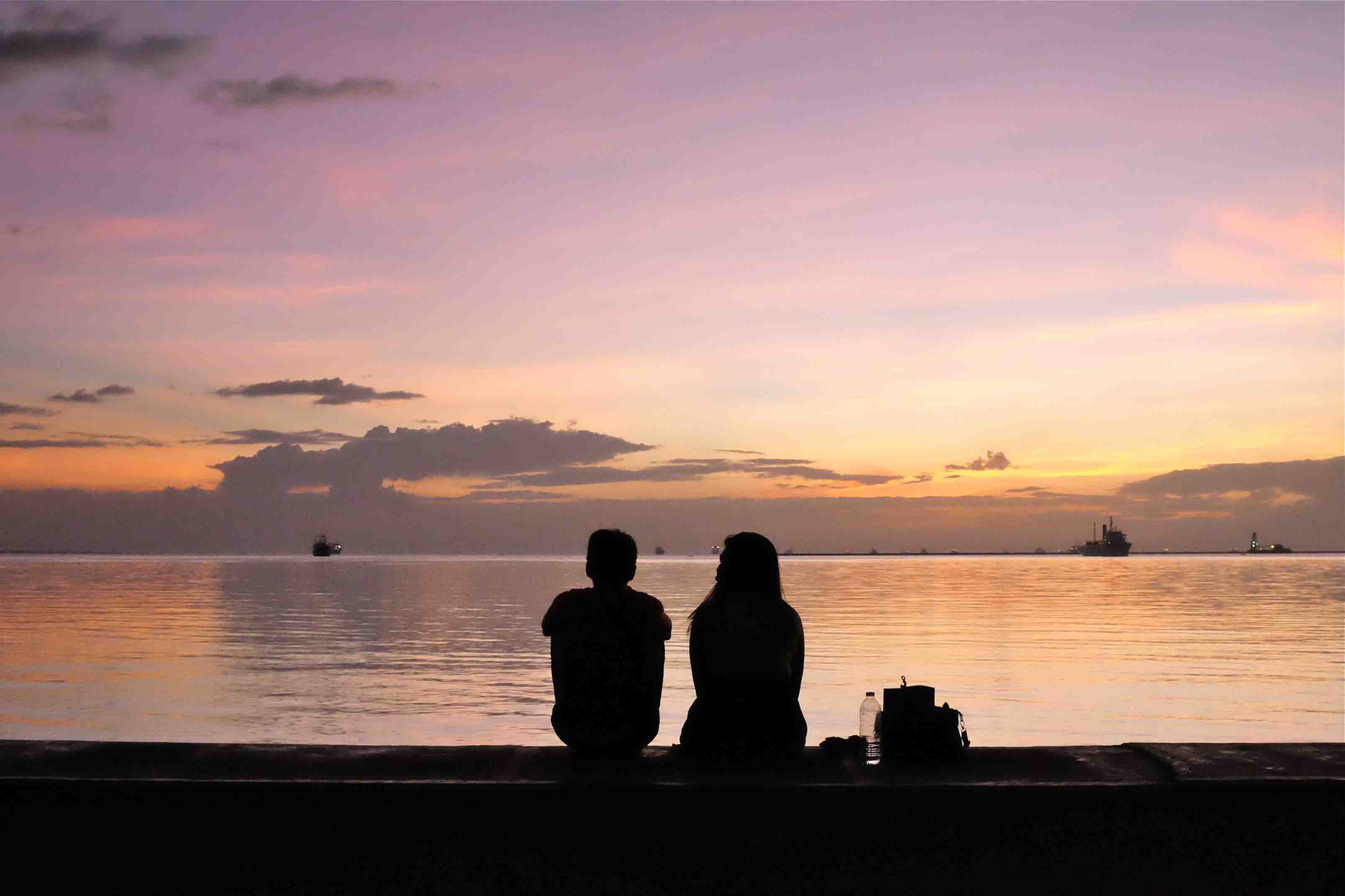 Don't miss the sunset at Manila Bay.