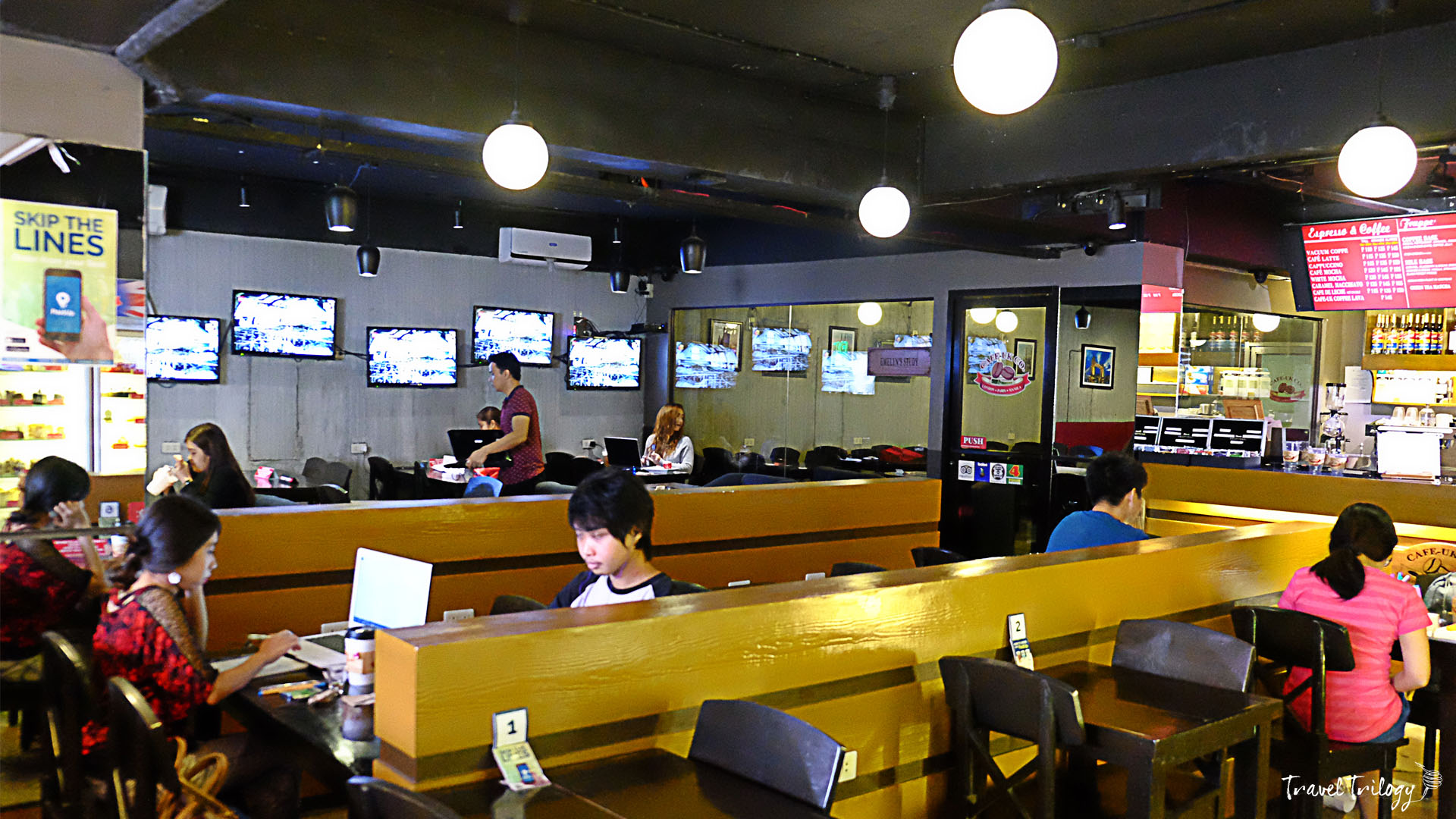 cool cafes in manila