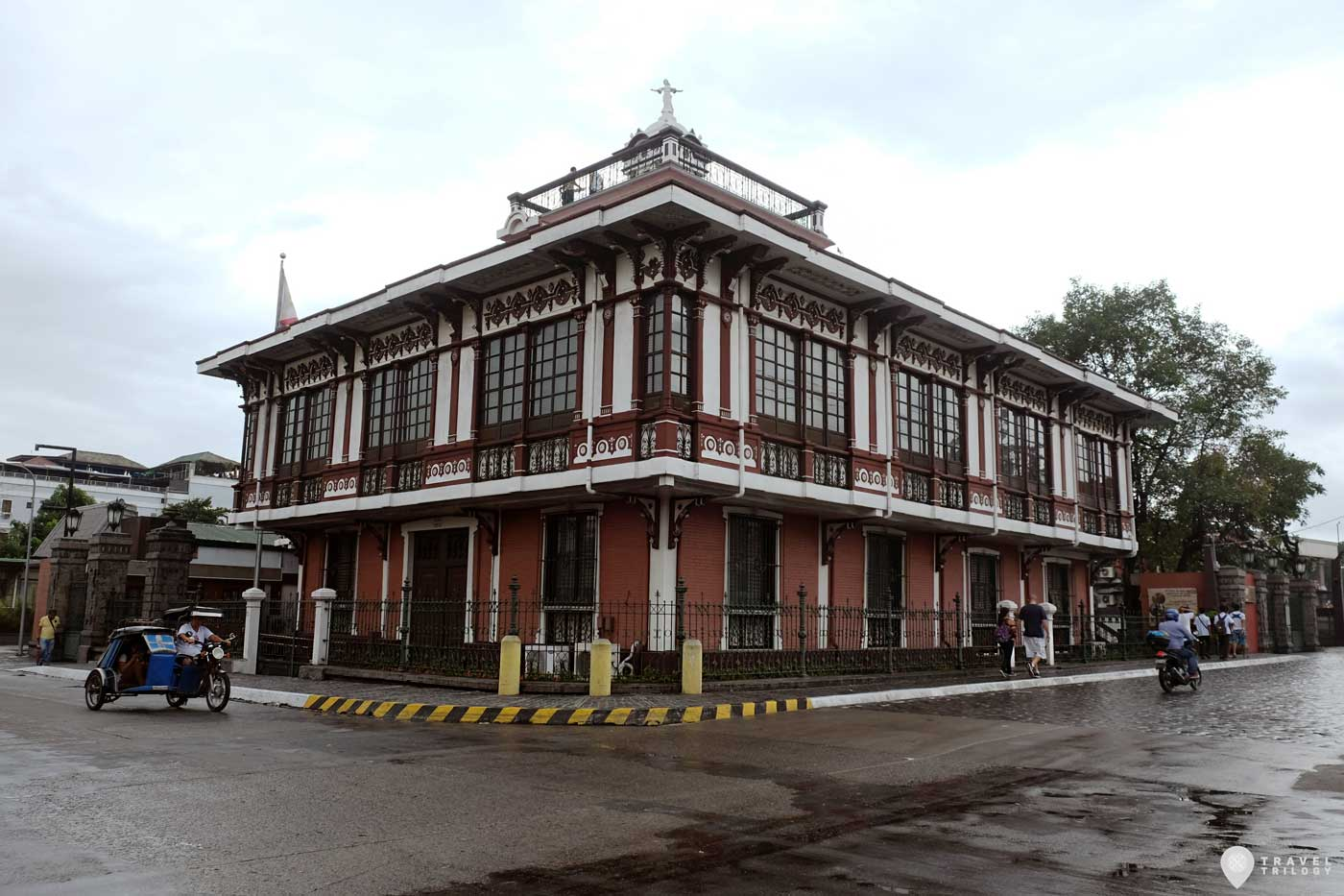 Pamintuan mansion angeles city
