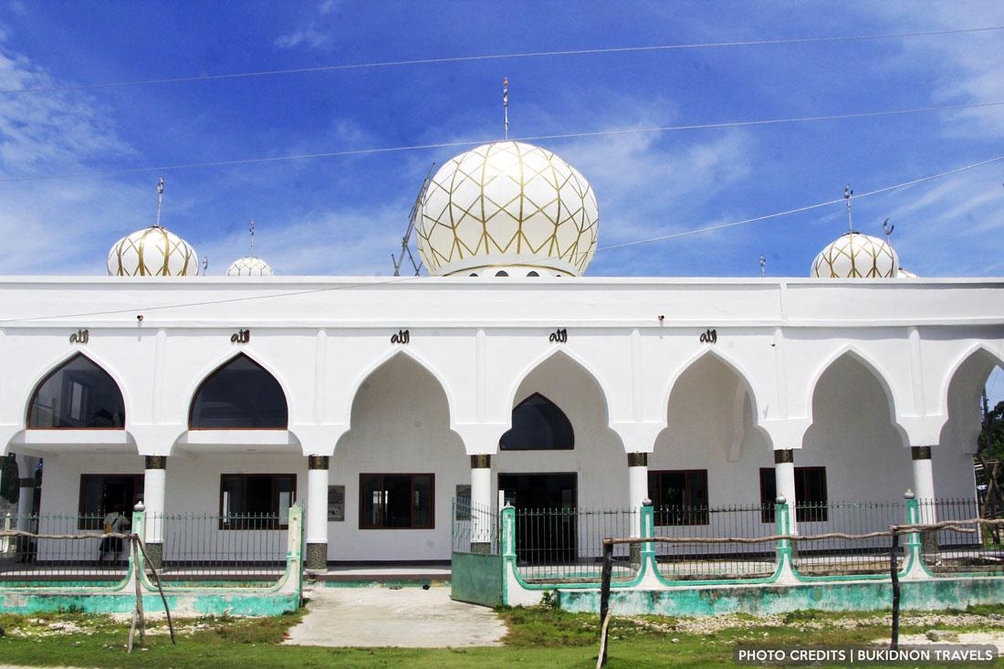 sheik karim al-makdum mosque